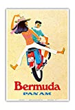 Pacifica Island Art - Bermuda - Pärchen auf Motorroller - PAN AM (Pan American World Airways) - Retro Flugreise Plakat c.1960s - Kunstdruck 33 x 48 cm